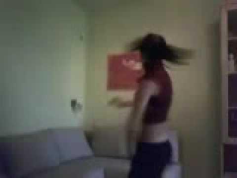 Cuban Girl Dancing El Mellao De Julio Voltio Y Calle 13