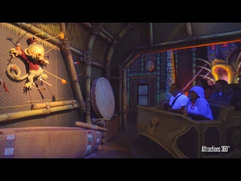 [4K] Mystic Manor Ride - Impressive Trackless Ride - Hong Kong Disneyland 2017