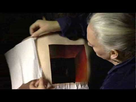 Bodypainting: Painting the Square on the Back