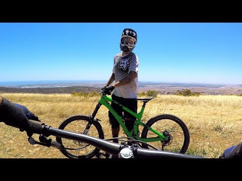 SHUTTLE DAY IS THE BEST DAY | Mountain Biking Contermanskloof in Cape Town