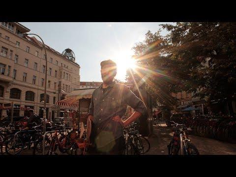 Andrew Applepie - Momma, I've Got A Feeling (Official Video)