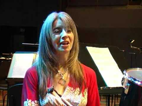 Dedicated to Art:  an interview with Dame Evelyn Glennie (delovno gradivo)