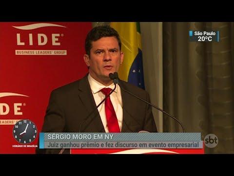 Sérgio Moro recebe prêmio de ´Pessoa do Ano' em Nova York | SBT Brasil (16/05/18)