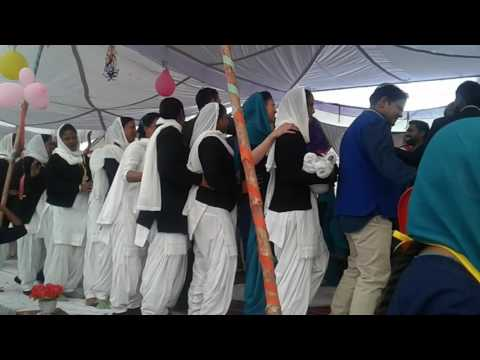 SJSC hamira kpt gadi chali yeshu naam Di  (choir + youth members)25 Dec 2016