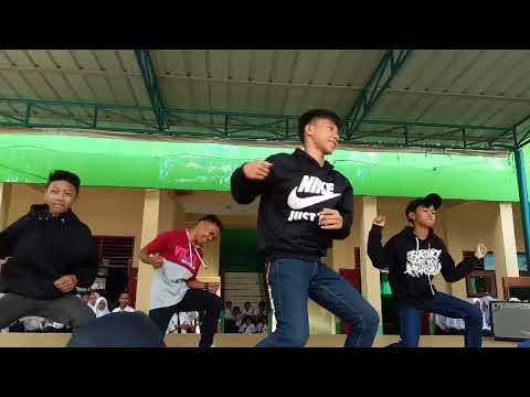 SMPN 1 JONGGOL Cover Dance IKON - RUBBER BAND