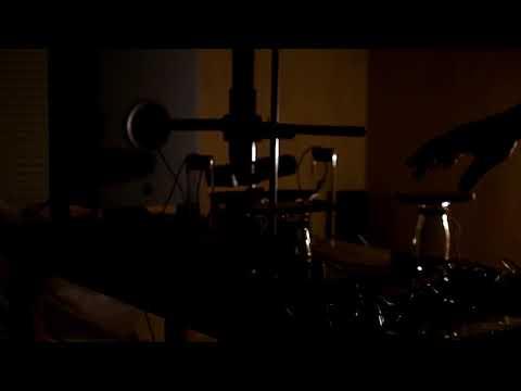 Optical Beats with Helmholtz Resonator, experimental practice, music & art