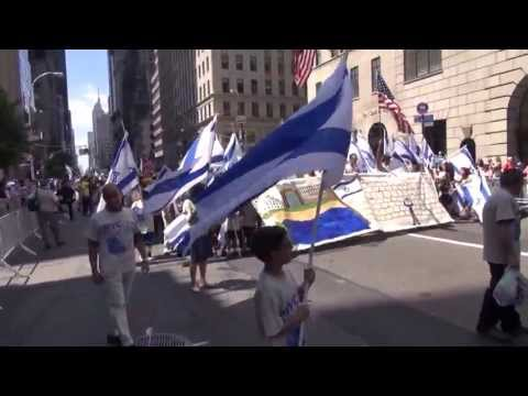 Salute To Israel Parade NYC_2013 #Manhattan #5ave #Israel #Parade #people #singers #dancers