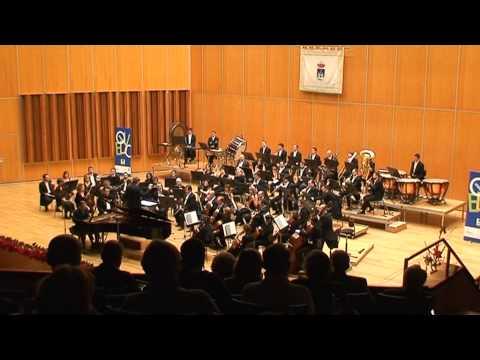 FLAMENCO AGENCY Oscar Martin, classical pianist. Bartok piano concerto, 1st part