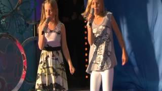 Video Olivia och Ida på Sommarkrysset - Varmkorv Boogie download MP3, 3GP, MP4, WEBM, AVI, FLV Juli 2018