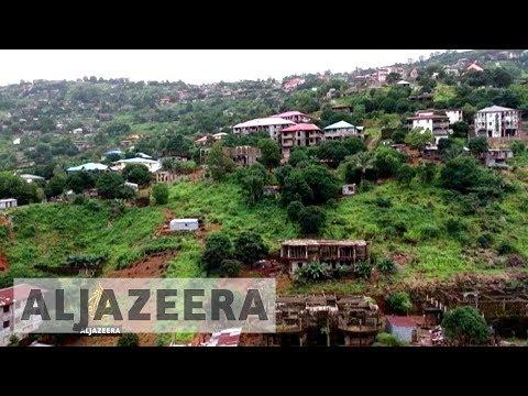 Sierra Leone mudslide survivors angry as hundreds remain missing