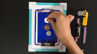 回路カードは、A6版の厚紙に銅テープを貼り、電線を使わず、回路図通り...