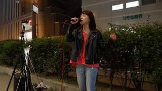 菜々「キラキラ」(aiko)ここライブ会場にしてるな、箱代無料ですみませ...