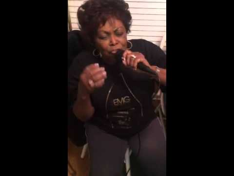 Jekalyn Carr and Dorothy Norwood singing Hymns