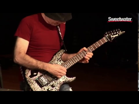 "Joe Satriani Plays ""Summer Song"" at Sweetwater"