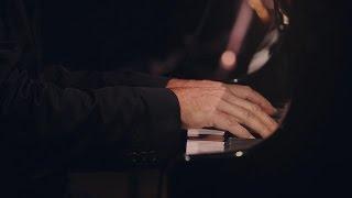 Ludovico Einaudi – Walk (Live A Fip 2015)