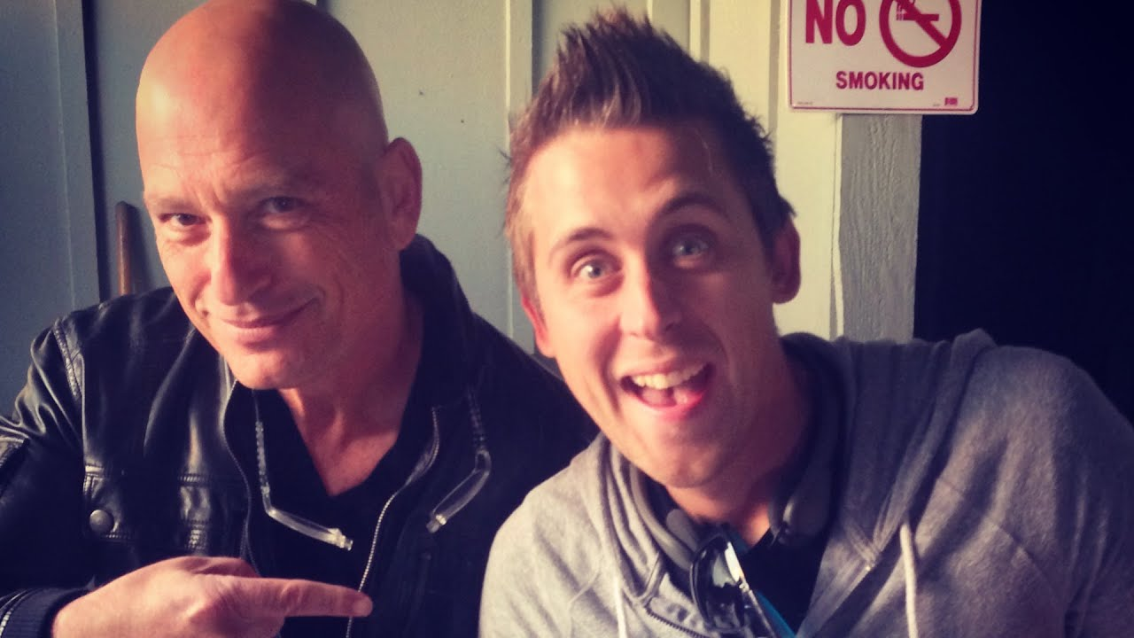 Pranking with howie mandel doovi for Howie at home