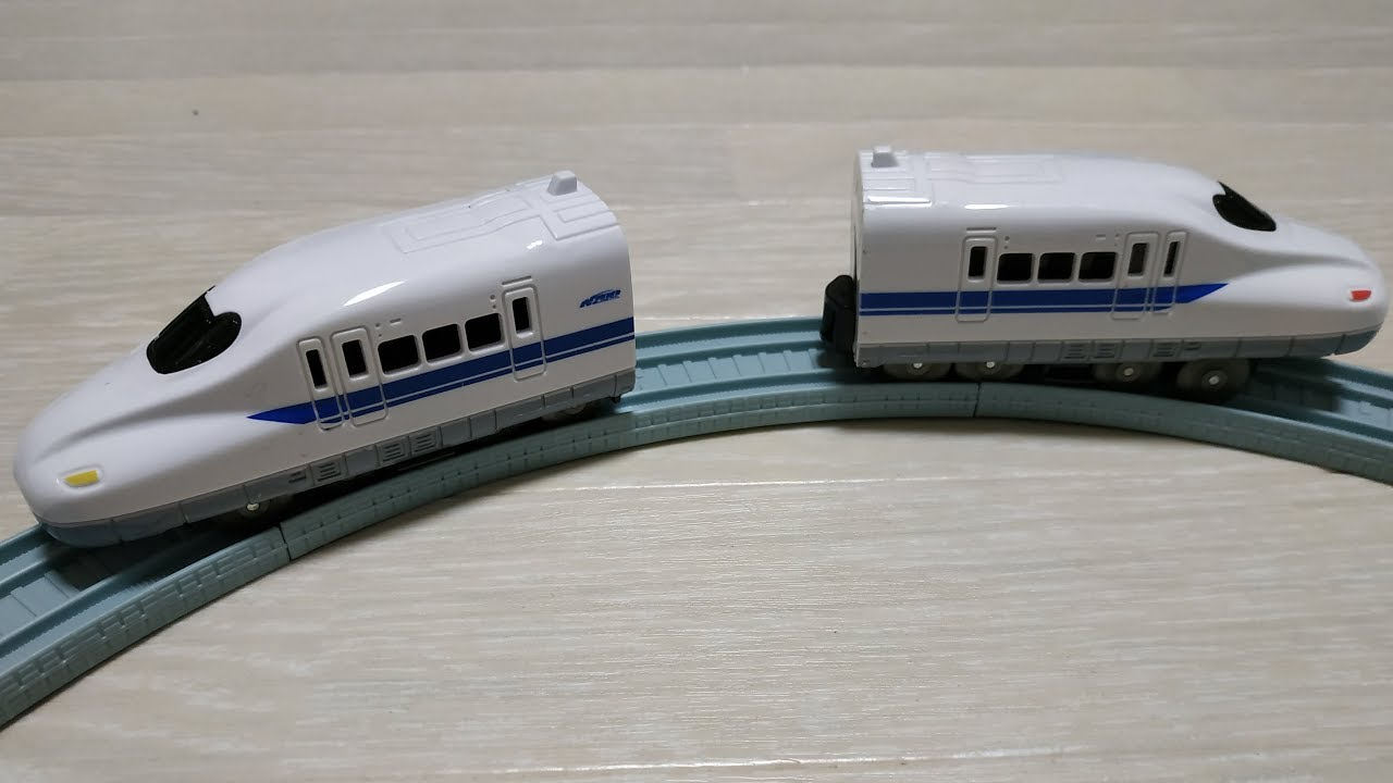 Toy Trains for less than $10 at Daiso Japan - YouTube