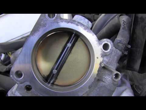 Toyota 4Runner Throttle Body Cleaning