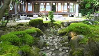 8月 夏の庭で (佐藤弘和)