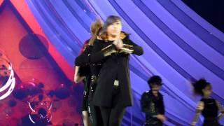 (MAMA 2011 Singapore) 111129 2NE1 - I Am The Best