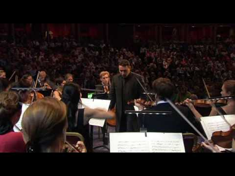 Mozart: Symphony No. 29, Mvmt. 4 - Vengerov, VFCO