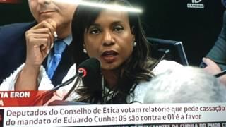 Tia Eron vota a favor da cassação de Cunha