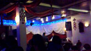 fraidoon saburi live singing in london  india Restaurant.mp4