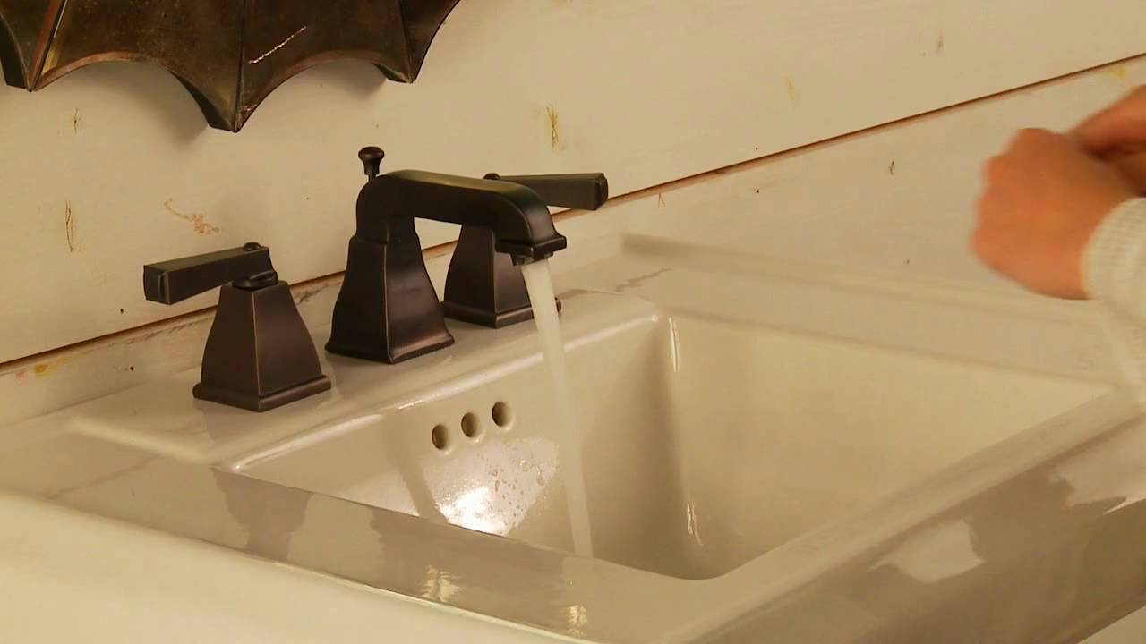 Town Square Faucet Demo by American Standard - YouTube
