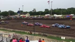 Figure 8 Racing in Hampton @ 2pm 8/19/18 Cruisers Feature Pt 3