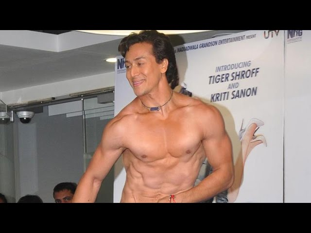 Jackie Shroff's Son Tiger Shroff's Shirtless Act! MUST WATCH #1