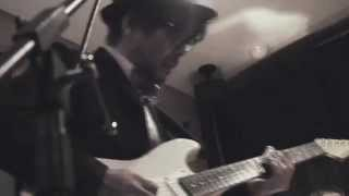 飯田克明 (vocal/guitar) 杉本拓 (guitar/vocal) 米本篤 (guitar/vocal)...