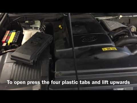 Land Rover Discovery TD5 Fuse Box Relays Location Engine Bay Hood