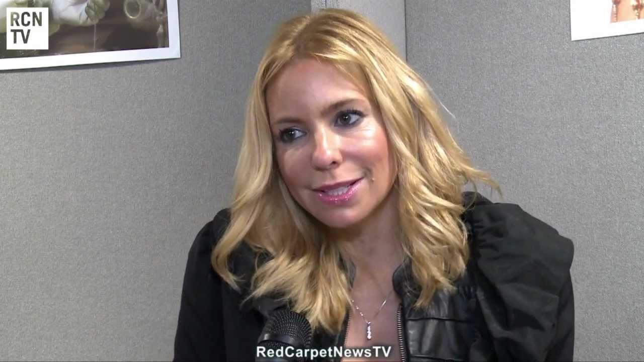 Olivia d'Abo Nude Photos 22