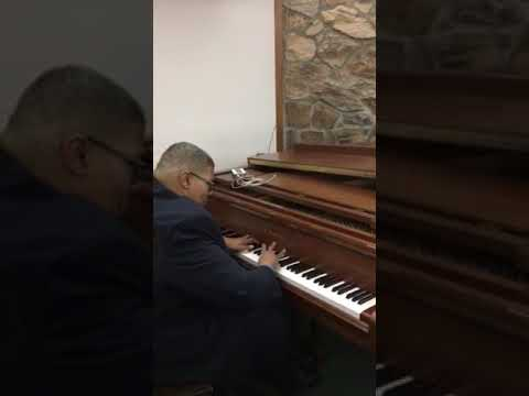 Jeffrey Corry playing Total Praise by Richard Smallwood