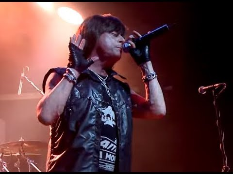 "vocalist Joe Lynn Turner (Rainbow/Deep Purple) in hospital in Belarus ""heart issues"""