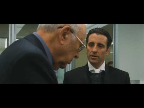 Mister Zerga puts his diamonds in the vault scene  - Ocean's Eleven