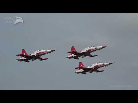 TURKISH STARS Luchtmachtdagen - Türk Yıldızları NF-5 Fighter