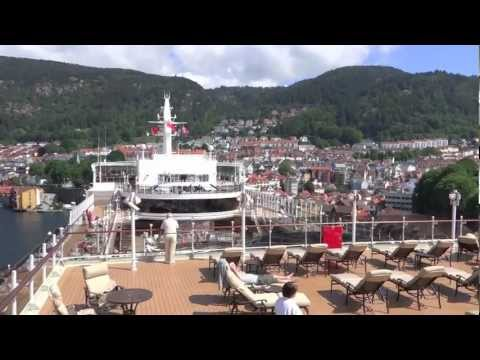 Bergen Norway : Gateway to the Fjords (Video tour: sailing in, town, cable care)