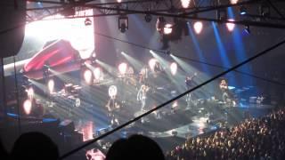 Cheek@ Helsinki Jäähalli - Anna Mä Meen feat. Jonne Aaron