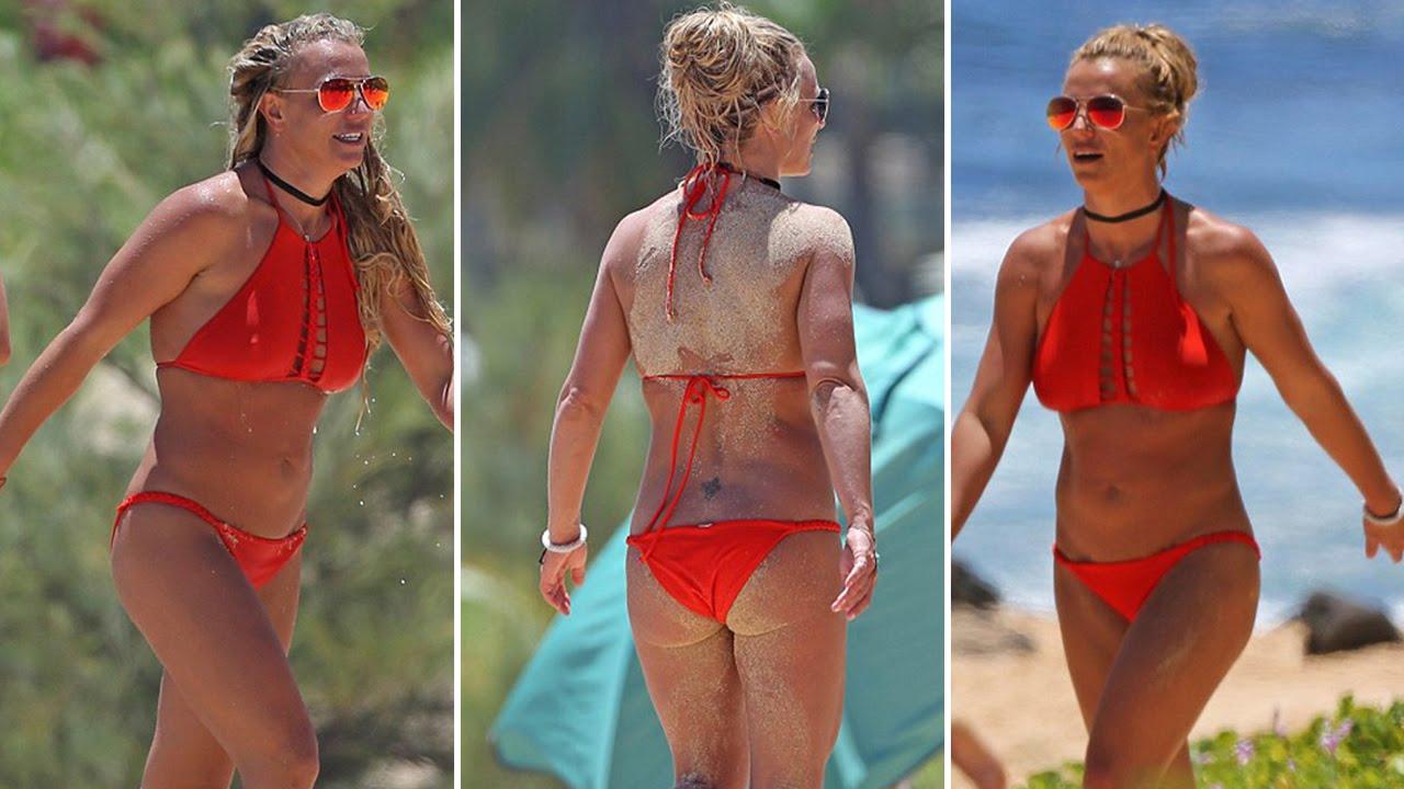 Concert Britney spears bikini in