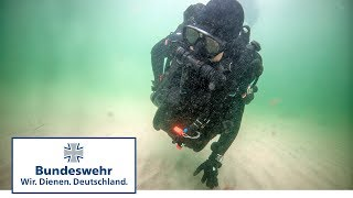 Waffenfund: Pioniere entdecken Weltkriegswaffen bei Tauchausbildung - Bundeswehr