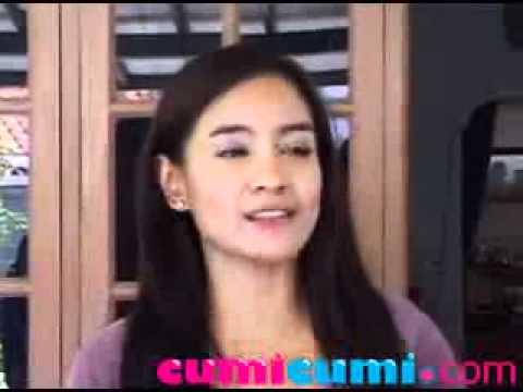 Main Film Perdana, Band Wali Takut Malu Maluin - CumiCumi.com