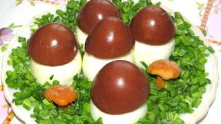 Вкусно -  Закуска #ГРИБОЧКИ из Фаршированных Яиц САЛАТ с печенью трески #Рецепт.
