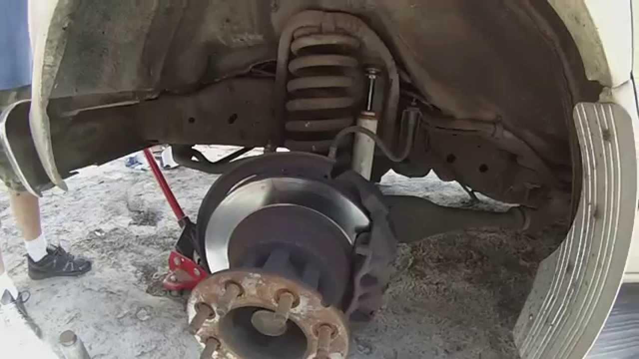 replacing rotors on a rv [ 1280 x 720 Pixel ]