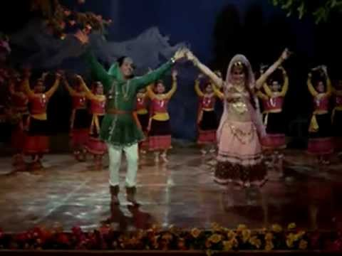 HUMRAAZ (1967) na moonh chhupa ke jiyo aur na sar jhuka ke jiyo Mahendra Ravi Sahir