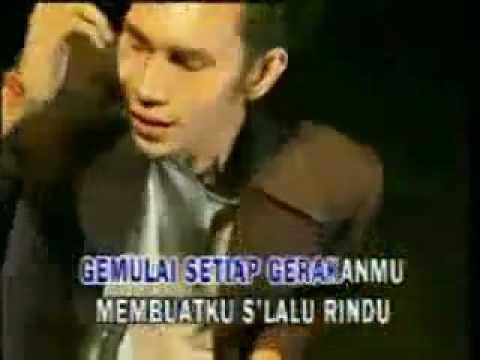 KASIH JANGAN KAU PERGI by BUNGA band.MP4