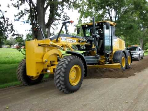 New John Deere 772 GP Video
