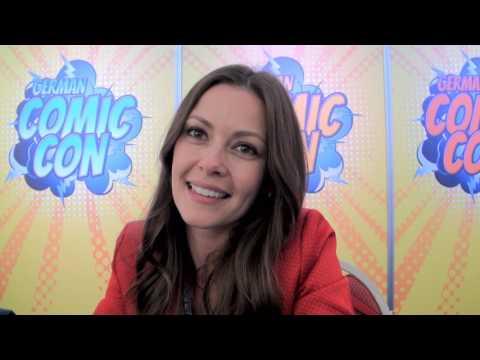 THE VAMPIRE DIARIES Olga Fonda  at German Comic Con TVD Hot