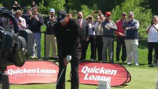 Download Tiger Woods puts 3 in a row in the water from 102 yds. at Congressional Mp3 and Videos