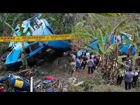 kronologi-kecelakaan-maut-bus-wisata-masuk-jurang-di-sukabumi,-korban-tewas-21-orang,-17-luka